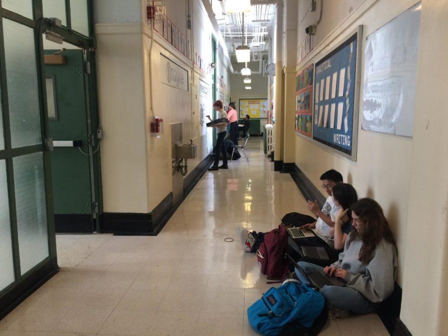Battle+of+the+worst+hallway